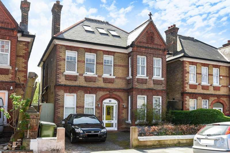 4 Bedrooms Flat for sale in Woolstone Road Forest Hill SE23