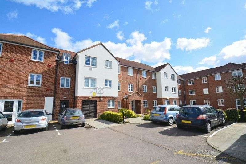 1 Bedroom Retirement Property for sale in Bennett Court, Letchworth Garden City, SG6 3WA