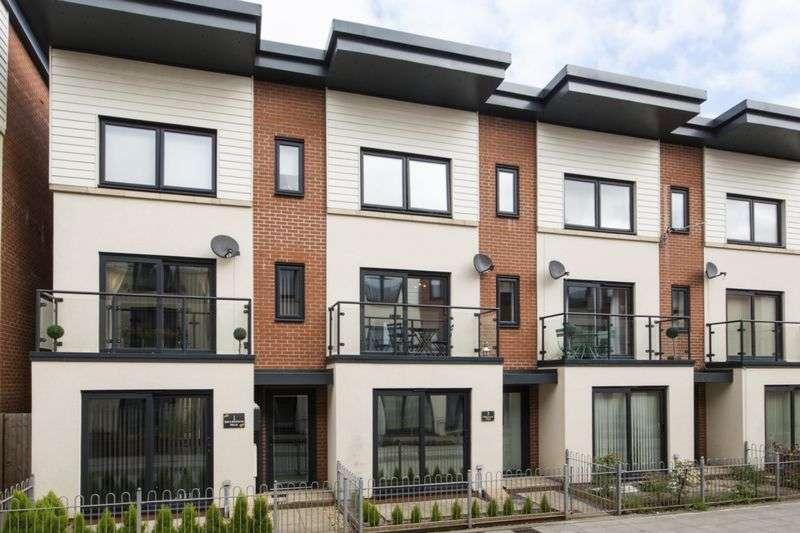 4 Bedrooms Terraced House for sale in Millennium Walk, Newport