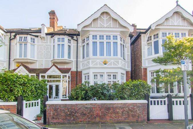 5 Bedrooms Semi Detached House for sale in Fordhook Avenue, Ealing