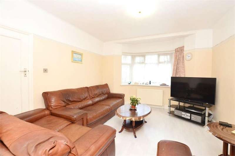 3 Bedrooms Semi Detached House for sale in Tudor Court South, Wembley, Greater London