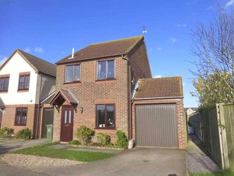 3 Bedrooms House for sale in Caister-on-Sea