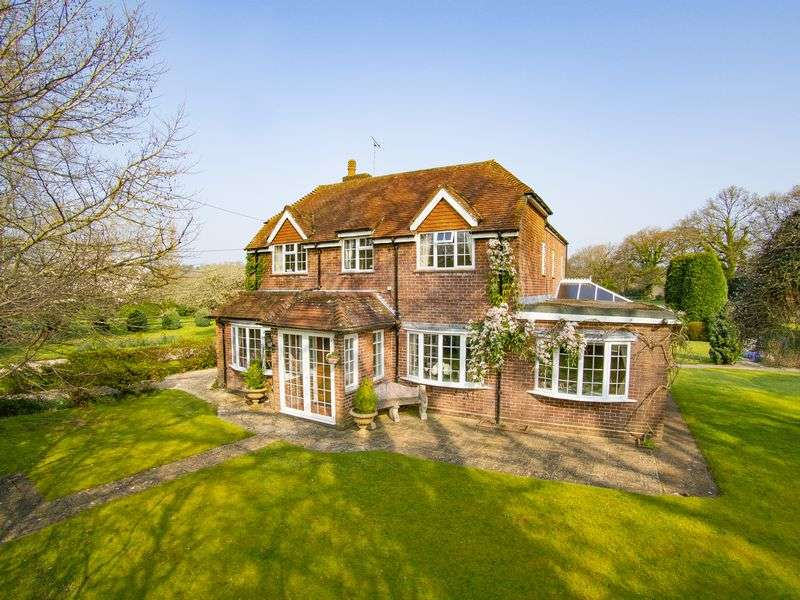 4 Bedrooms Detached House for sale in Emery Down