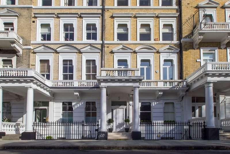 1 Bedroom Flat for sale in Queen's Gate Gardens, London, London, SW7