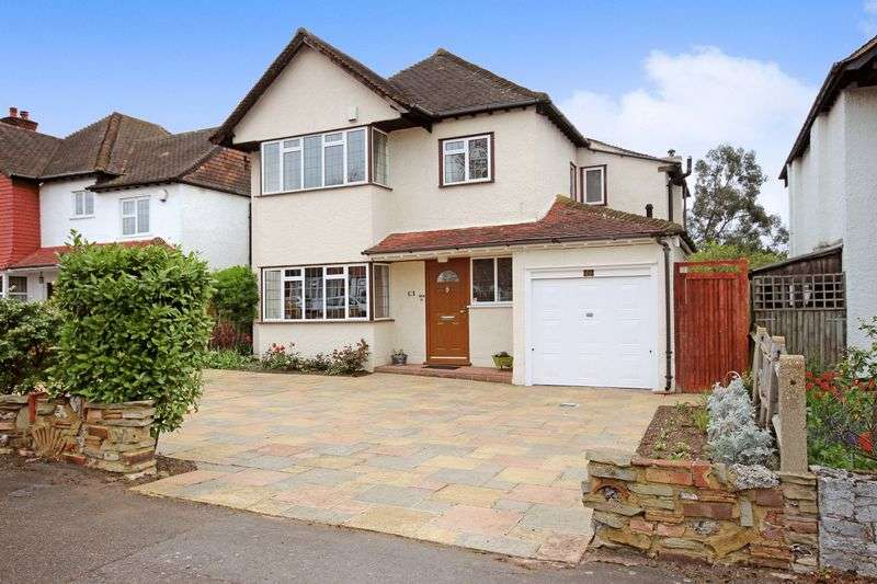 4 Bedrooms Detached House for sale in CHEAM