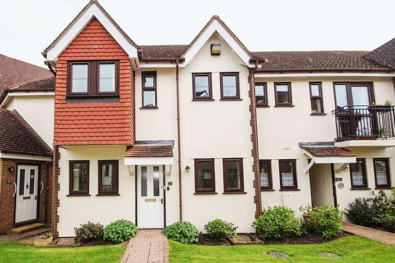 2 Bedrooms Flat for sale in Retirement, Prestwood