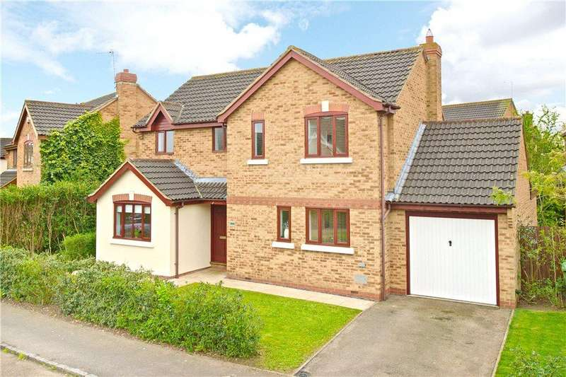 4 Bedrooms Detached House for sale in Crowborough Lane, Kents Hill, Milton Keynes, Buckinghamshire
