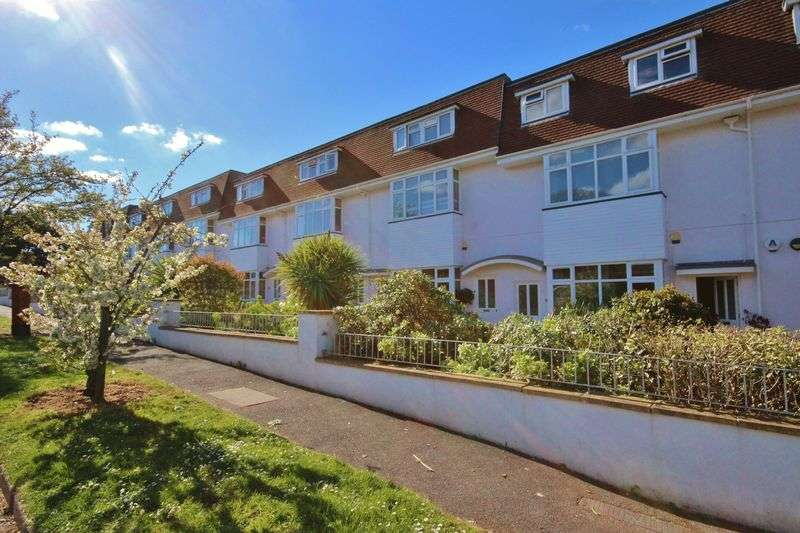 2 Bedrooms Property for sale in Feversham Avenue, Queens Park, Bournemouth