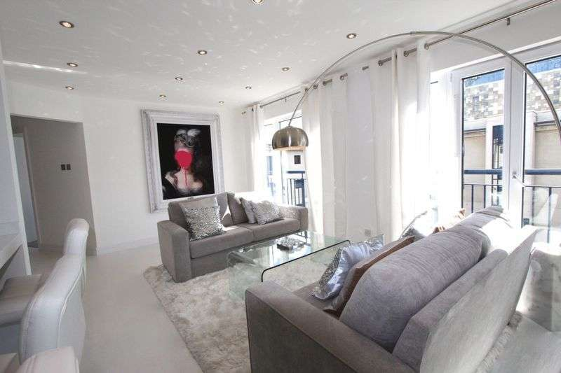 2 Bedrooms Flat for sale in Royal Arch Apartments, The Mailbox