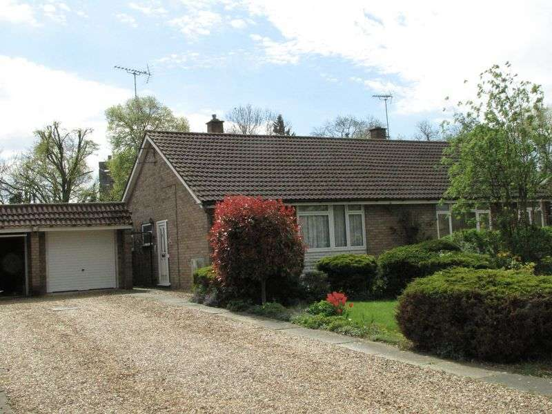 2 Bedrooms Semi Detached Bungalow for sale in Rhondda Close, Milton Keynes
