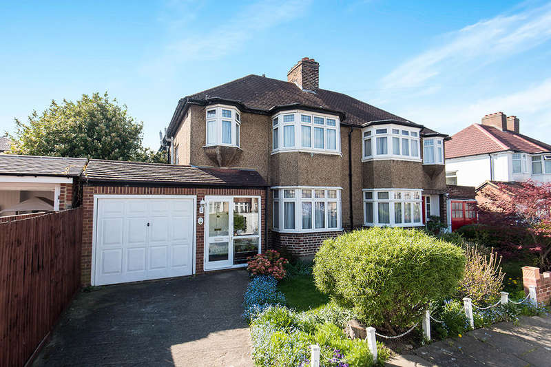 3 Bedrooms Semi Detached House for sale in Runnymede Gardens, Whitton, Twickenham, TW2