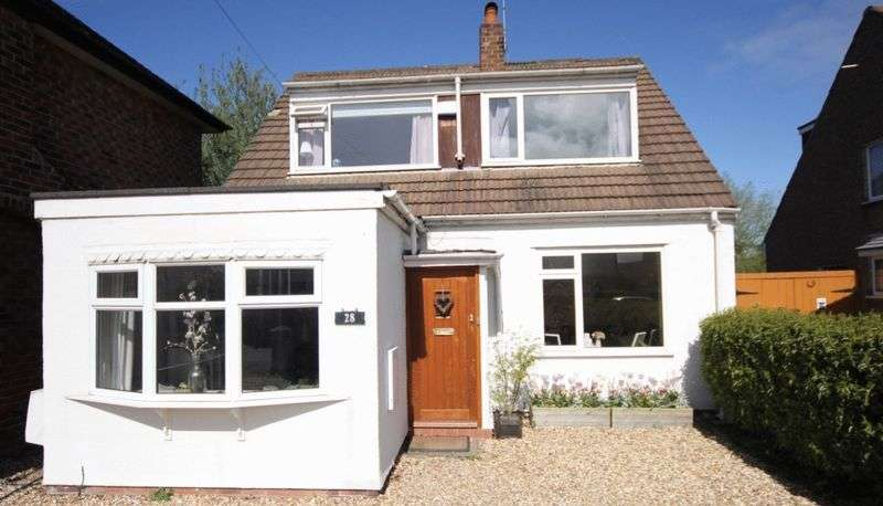 3 Bedrooms Detached House for sale in Newton Park Road, West Kirby, Wirral