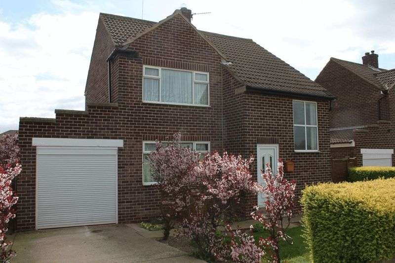 3 Bedrooms Detached House for sale in Hardwick Crescent, Pontefract
