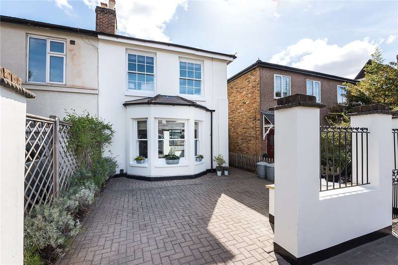4 Bedrooms Semi Detached House for sale in Hampton Road, Twickenham, TW2