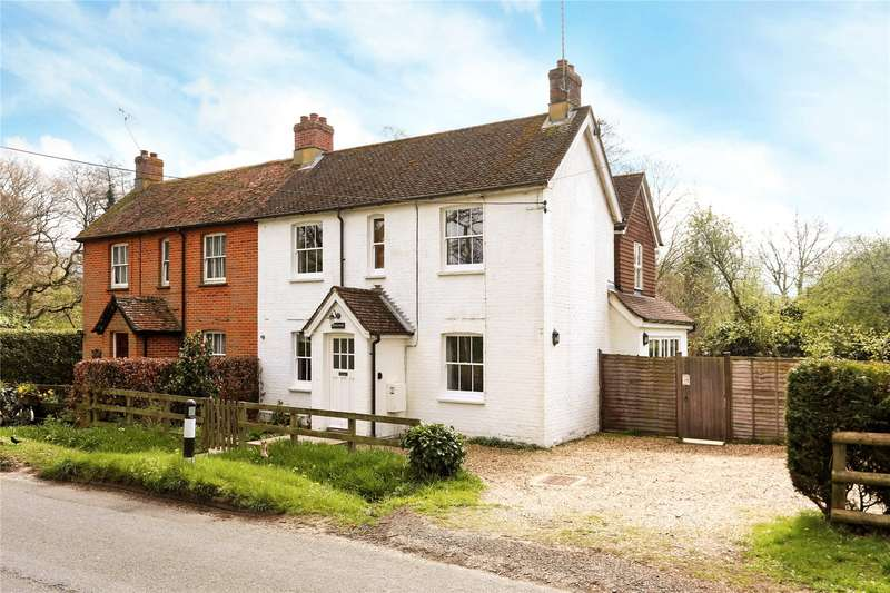 4 Bedrooms Semi Detached House for sale in Walldown Road, Hollywater, Hampshire, GU35