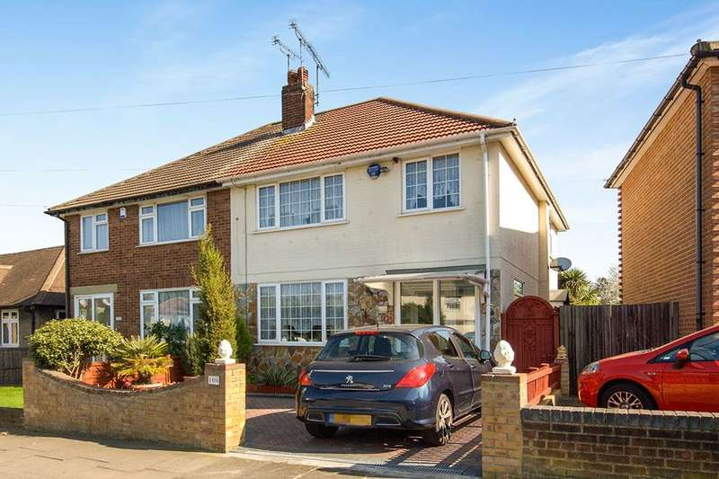 3 Bedrooms Semi Detached House for sale in Manor Way, Bexleyheath, DA7