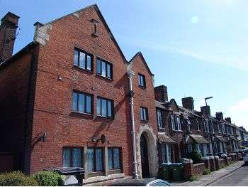 1 Bedroom Flat for sale in Gloucester Road, Littlehampton, BN17
