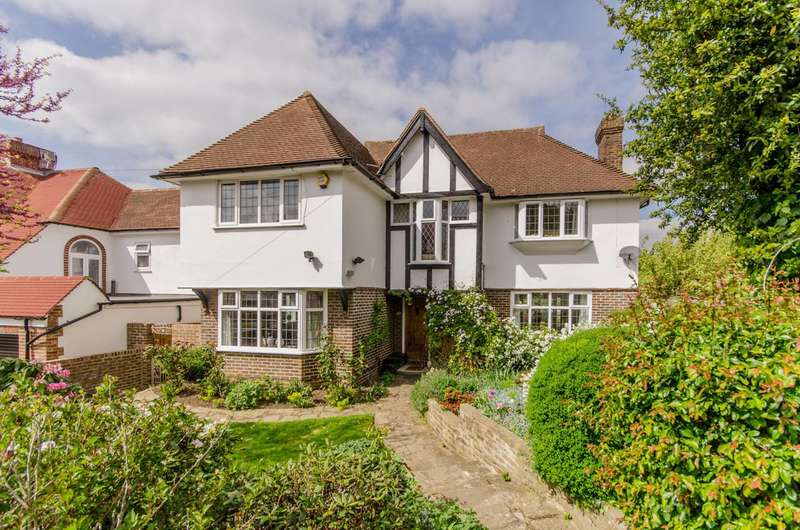 4 Bedrooms Detached House for sale in Christian Fields, Norbury, SW16