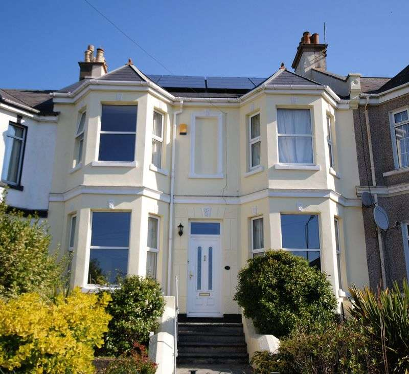 5 Bedrooms Terraced House for sale in Callington Road, Saltash