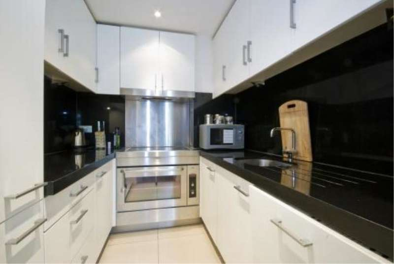 2 Bedrooms Apartment Flat for sale in New Providence Wharf, E14