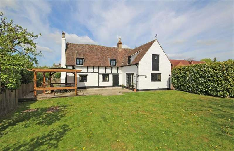 4 Bedrooms Detached House for sale in Dean Lane, Stoke Orchard, Cheltenham, GL52