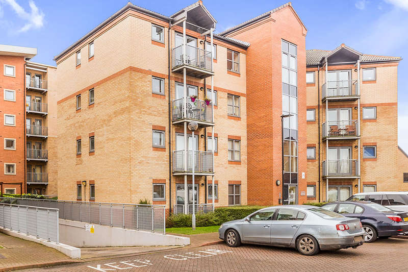 3 Bedrooms Flat for sale in Kentmere Drive, Lakeside , Doncaster, DN4