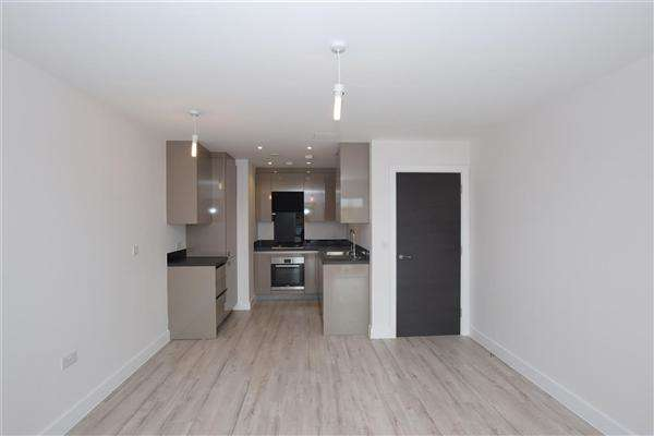 1 Bedroom Apartment Flat for sale in Leavesden Lodge, Leavesden Road, Watford