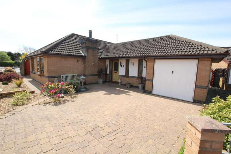 3 Bedrooms Detached Bungalow for sale in 1 Grey Friar Close, Barrow-In-Furness