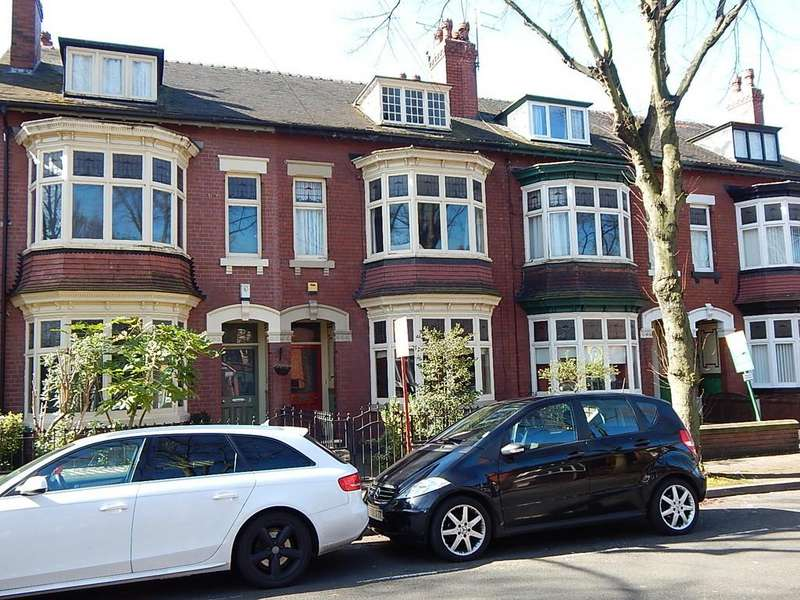 5 Bedrooms Town House for sale in Lawn Avenue, Doncaster