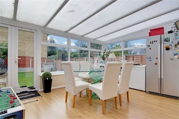 4 Bedrooms End Of Terrace House for sale in Belle Vue Road, Walthamstow, London