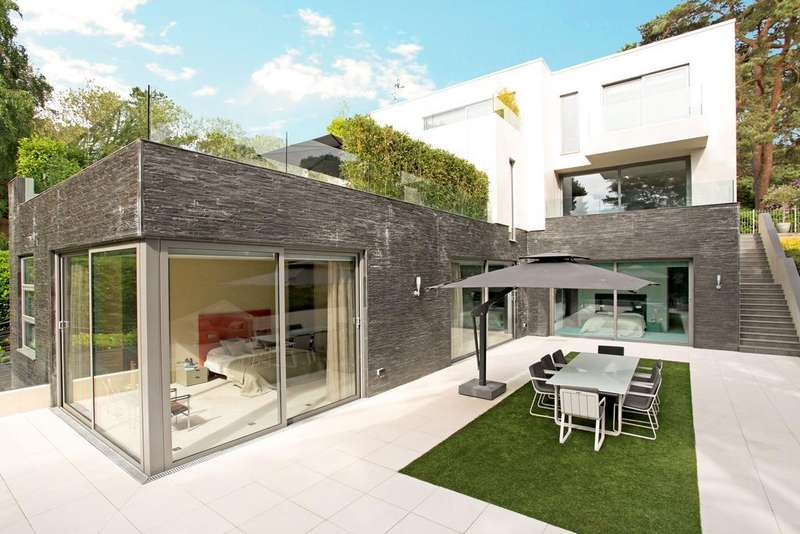 5 Bedrooms Detached House for sale in Nairn Road, Canford Cliffs, Poole BH13