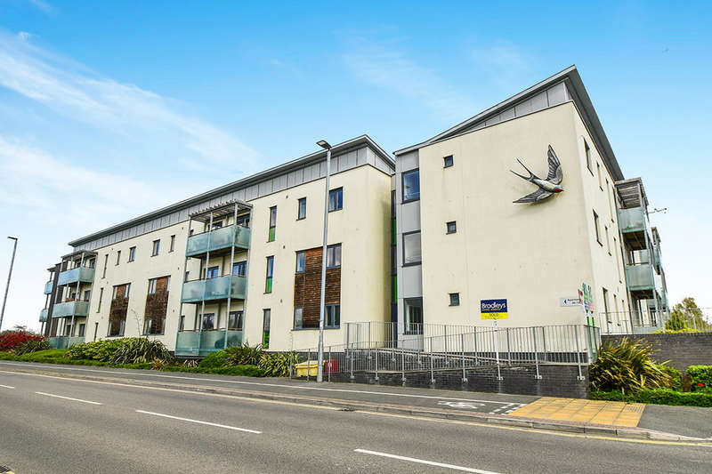 1 Bedroom Flat for sale in Whitelake Place West Golds Way, Newton Abbot, TQ12