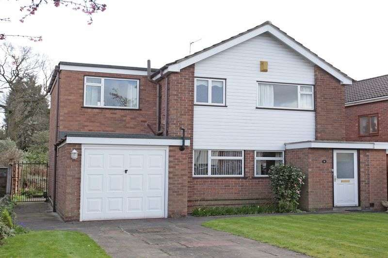 3 Bedrooms Detached House for sale in Fairway Avenue, Manchester