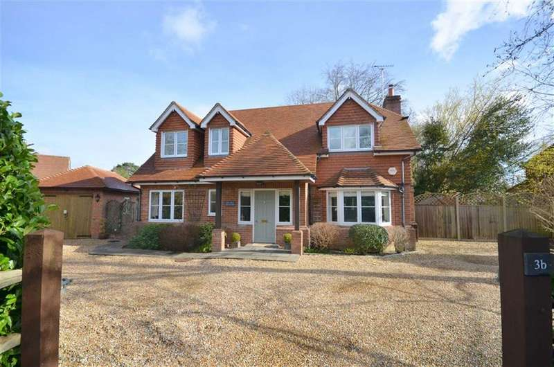 4 Bedrooms House for sale in Gardeners Hill Road, Farnham