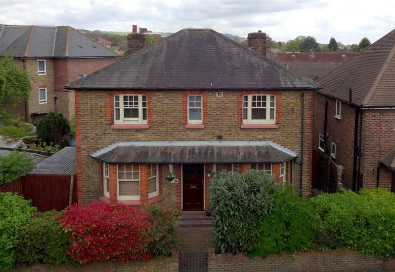 4 Bedrooms Property for sale in Albury Road, Merstham, Redhill