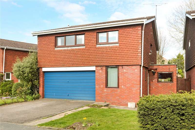 4 Bedrooms Detached House for sale in Chesterfield Drive, Sevenoaks, Kent, TN13