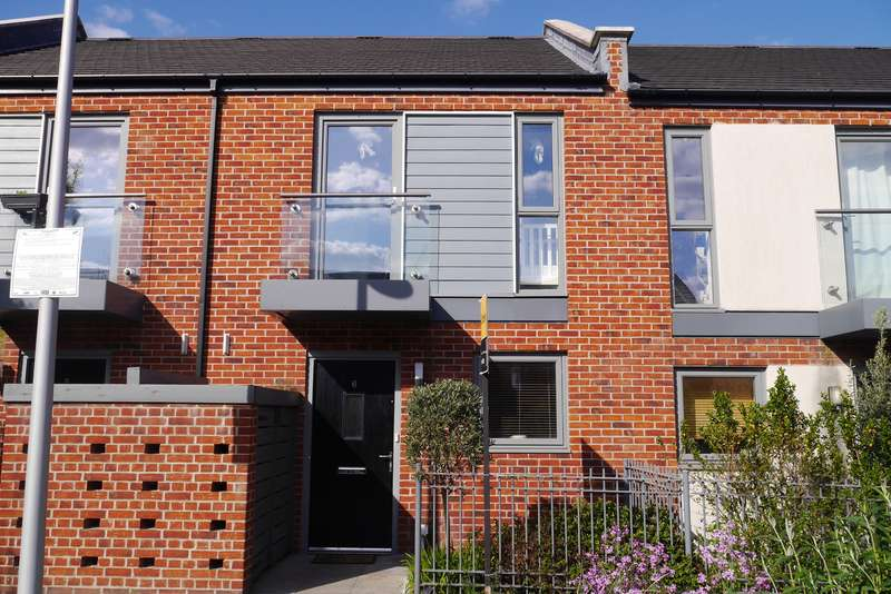 2 Bedrooms Terraced House for sale in Joiners Mews, Woolston