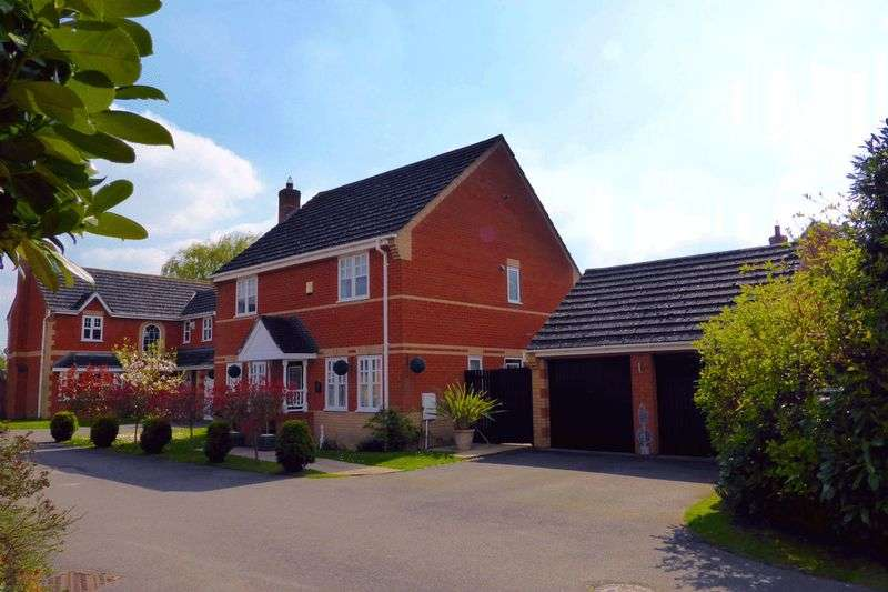 4 Bedrooms Detached House for sale in Scholars Way, Lowside, Upwell, Norfolk