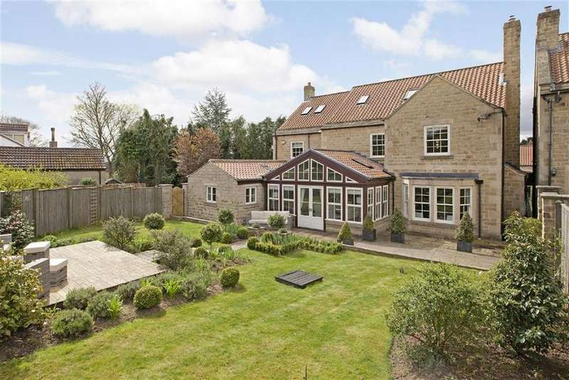 5 Bedrooms Detached House for sale in Farnham, Knaresborough, North Yorkshire
