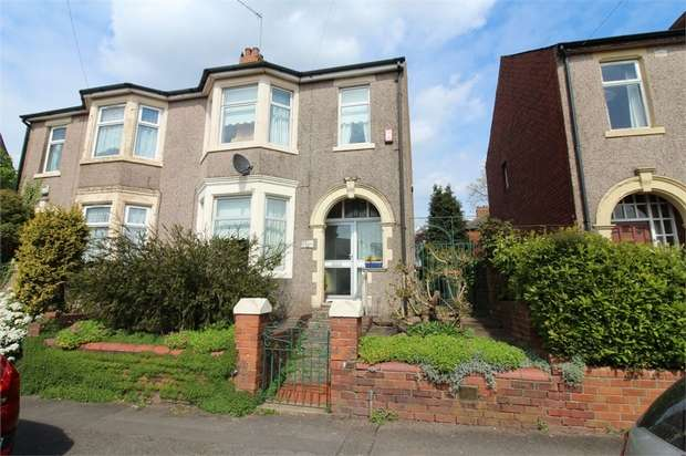 3 Bedrooms Semi Detached House for sale in Heather Road, NEWPORT