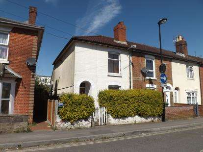 3 Bedrooms Terraced House for sale in Woolston, Southampton, Hampshire