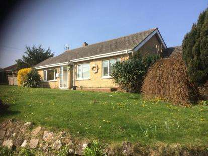 2 Bedrooms Bungalow for sale in Sandown, Isle Of Wight