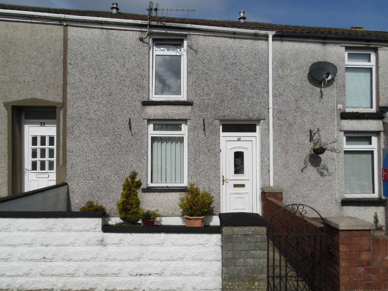 2 Bedrooms Terraced House for sale in Heolgerrig, Merthyr Tydfil