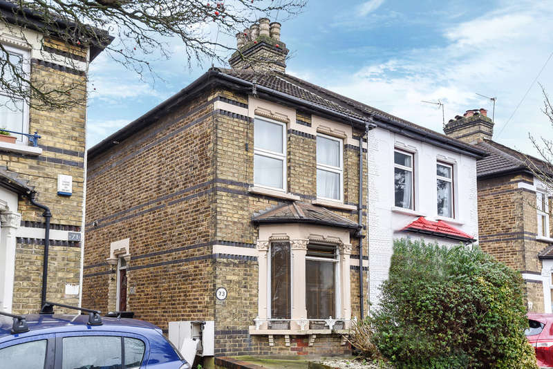 1 Bedroom Flat for sale in Chelsham Road, South Croydon
