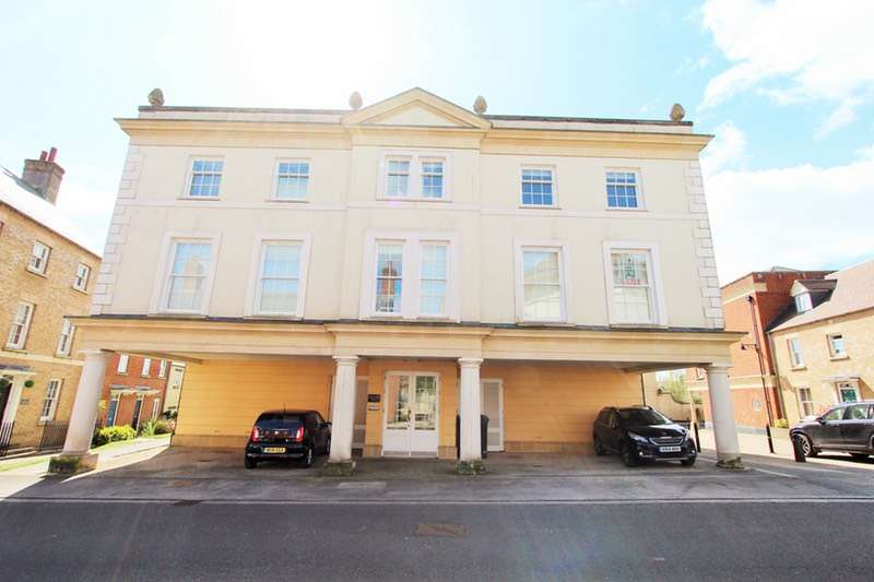 2 Bedrooms Flat for sale in Challacombe Street, Dorchester, Dorset, DT1