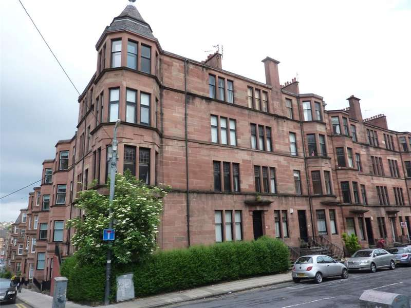 3 Bedrooms Flat for rent in Kersland Street, West End, Glasgow