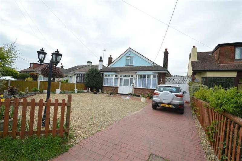 4 Bedrooms Chalet House for sale in Southend Road, Rochford, Essex