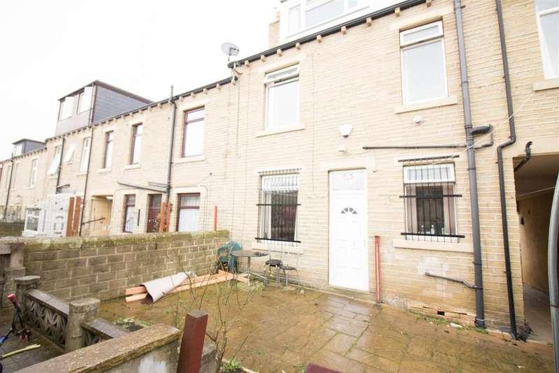 4 Bedrooms End Of Terrace House for sale in Hillside Terrace, Bradford, BD3 0BD