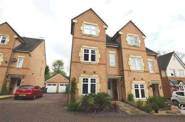 3 Bedrooms Semi Detached House for sale in Treacle Row, Silverdale, Newcastle-under-Lyme