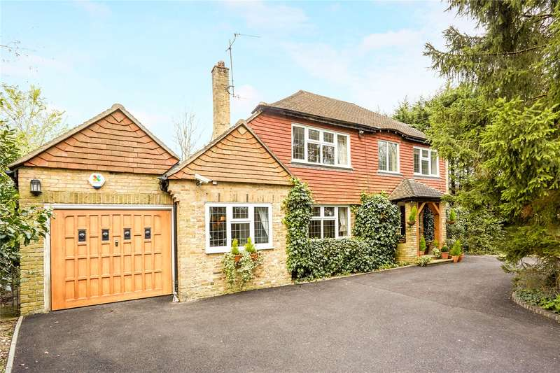 5 Bedrooms Detached House for sale in Outwood Lane, Chipstead, Surrey, CR5